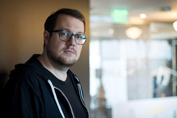 El creador de Dogecoin, Jackson Palmer critica a las criptomonedas