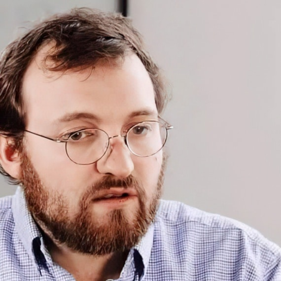 Descubre la historia de Charles Hoskinson y sus aportaciones al mundo crypto